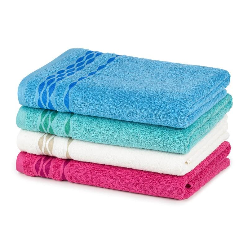 Doživite razkošno udobje v svoji kopalnici! Kakovostna brisača Fiona iz bombažnega frotirja je trpežna, mehka, vpojna in se hitro suši. Klasična enobarvna brisača z moderno dekorativno borduro. Brisača je pralna na 60 °C.