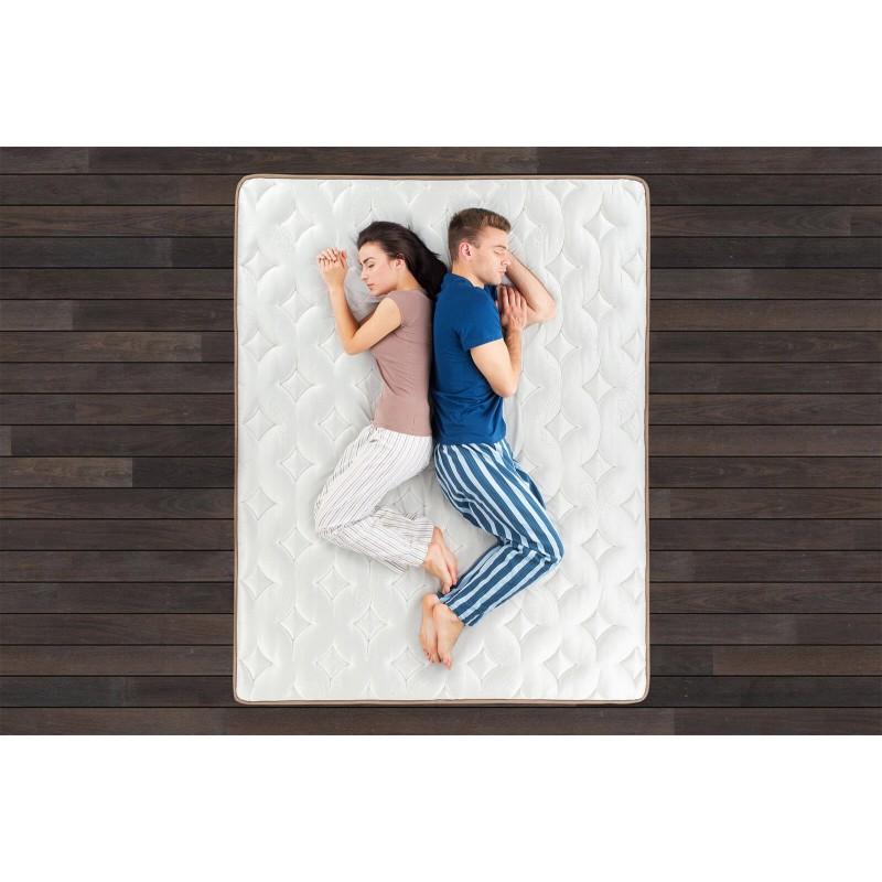 7-consko žepkasto ležišče Hitex Latex Royal 33 je visoko 33 cm in poskrbi za popolno podporo vašega telesa in udobje ter zagotavlja, da se boste zjutraj zbudili spočiti in naspani. Samostojne žepkaste vzmeti v kombinaciji s plastjo lateksa in poliuretansko peno poskrbijo za pravilno lego in sproščujoč spanec.