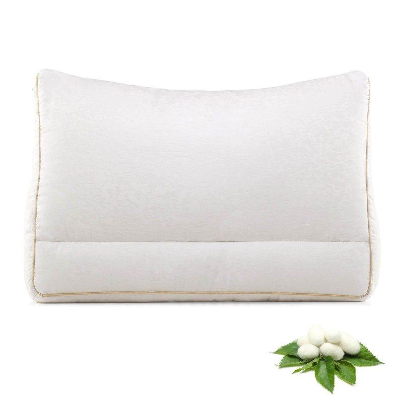Za kraljevsku udobnost i spavanje pobrinut će se nova linija proizvoda za spavanje Royal Sleep. Svileni jastuk svojom će udobnošću i mekoćom oduševiti i najzahtjevnije. Izuzetna elastičnost svilenih niti za divne svilene snove.