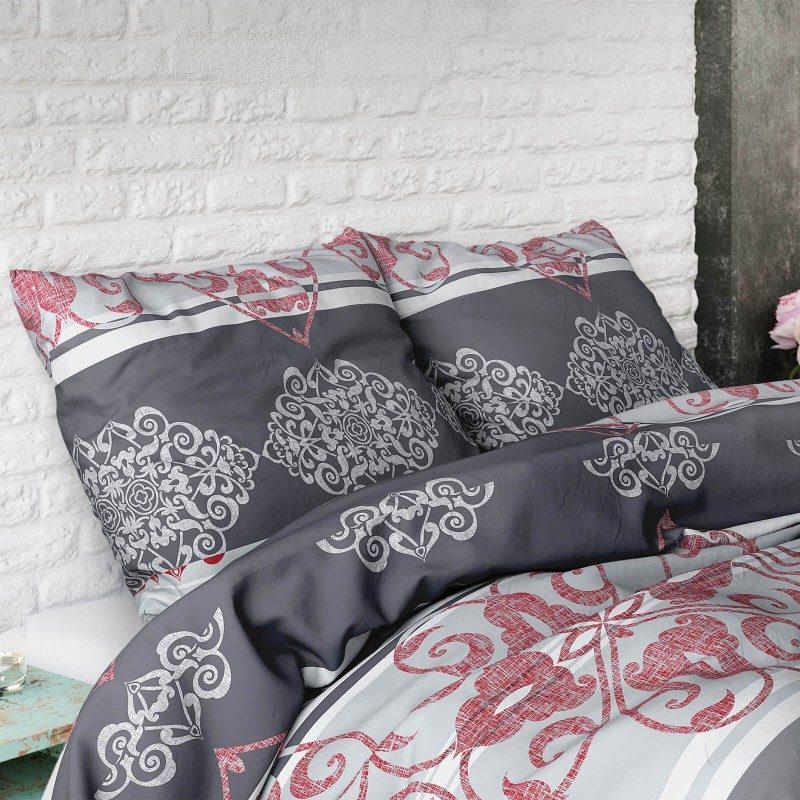 Dodir raskoši u vašoj spavaćoj sobi. Elegantan dizajn posteljine. Dostupna u dimenzijama 140 x 200/50 x 70 cm, 200 x 200/2 x 50 x 70 cm.