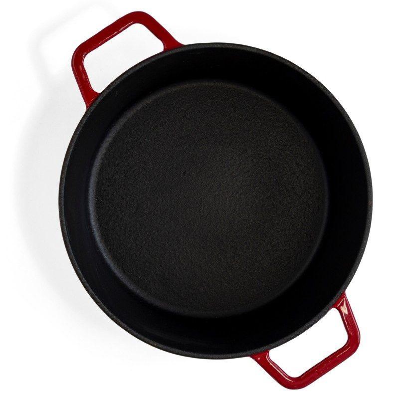 Emajliran lonac od lijevanog željeza Blacksmith's je vrhunske izrade i visoke kvalitete. Za sve ljubitelje kuhanja i gurmane, koji imaju visoka očekivanja od posuđa. Moderan dizajn i nevjerojatna trajnost. Manji lonac dimenzija 20 x 10 cm i volumena 3 l.
