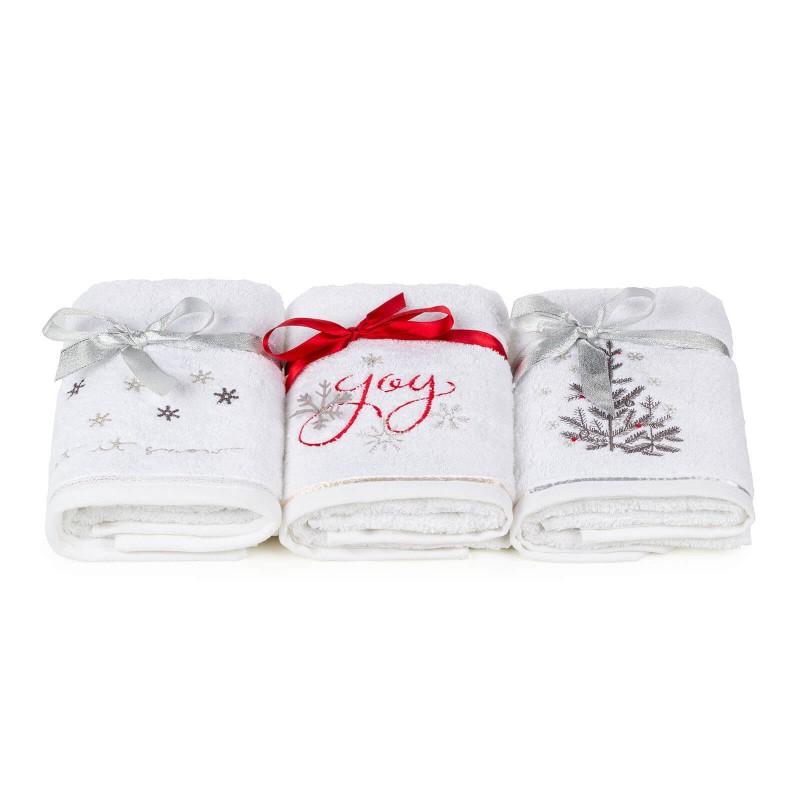 Iznenadite svoje najmilije i poklonite im ručnik s izvezenim blagdanskim motivom. Kvalitetni ručnik od pamučnog frotira dimenzije 50 x 100 cm iznimno je mekan, brzo upija i brzo se suši. Klasični ručnik s elegantnim ukrasnim rubom i božićnim motivom sa satenskom vrpcom. Ručnik je periv na 40 ° C.