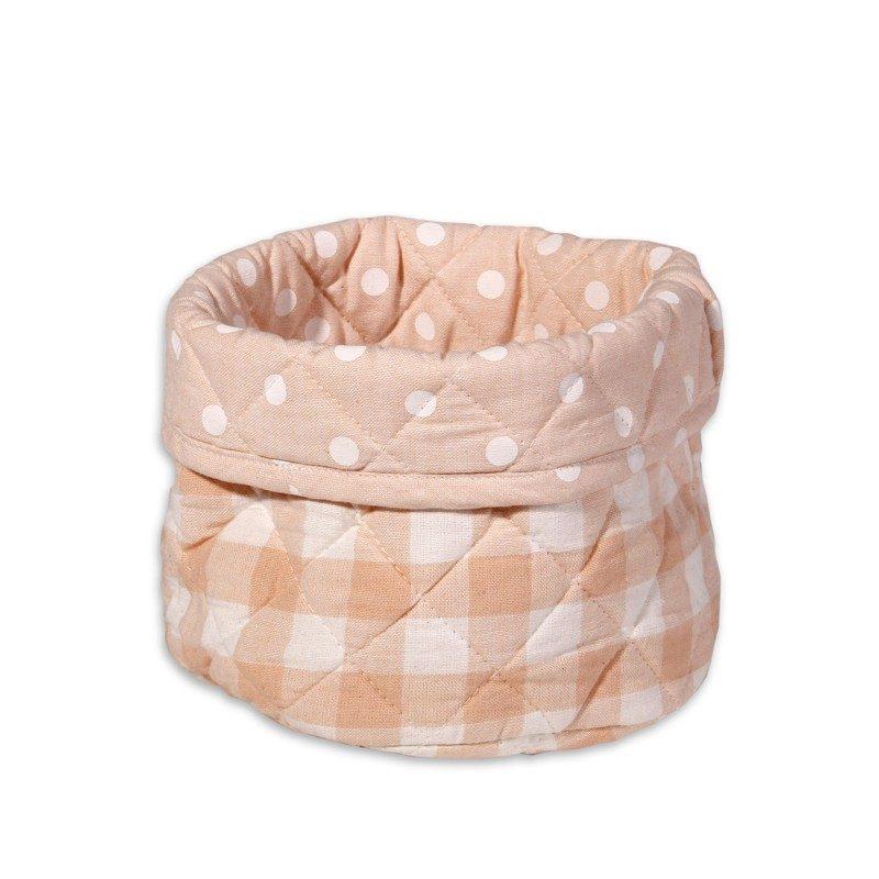 Košara za kruh Ema je izrađena od 100 % pamuka u koju jednostavno stavite kruh i ostale pekarske proizvode. Zanimljivog je i veselog dizajna s kockastim i točkastim motivima. Košara za kruh je dostupna u tri boje.