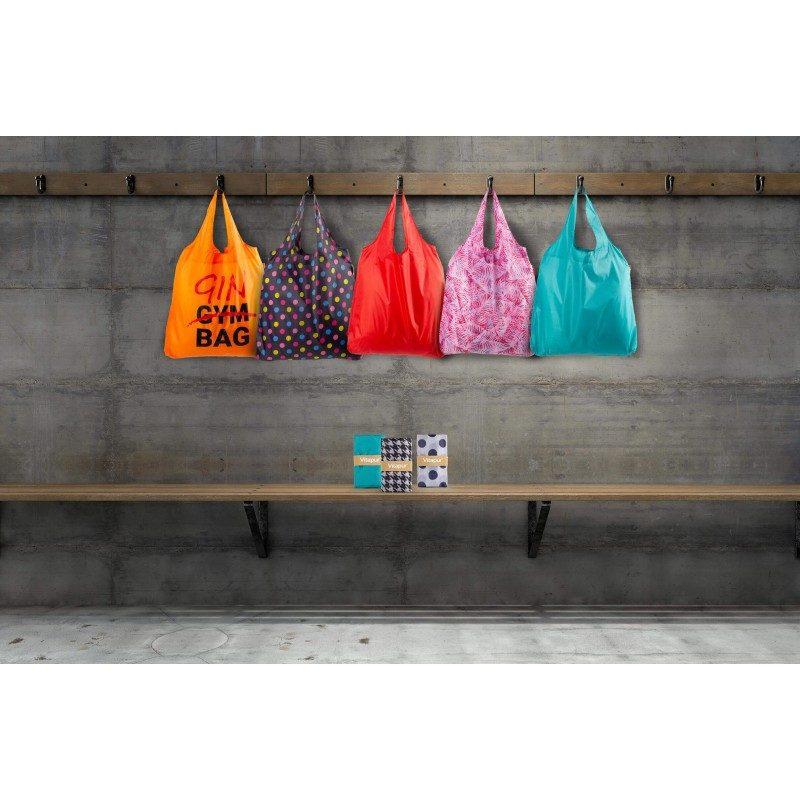 Mala, ali istovremeno velika torba za svaku priliku! Torba je ekološka, jer je namenjena višekratnoj upotrebi - jedna torba zamenjuje čak 1000 plastičnih kesa! Izrađena je od vodootpornog i izdržljivog materijala. Može se u trenutku složiti od velike do male i zauzima vrlo malo prostora. Modernim dizajnom, različitim dezenima i bojama, torba je takođe odličan modni dodatak. Dve ručke olakšavaju nošenje na ramenima. Možete otići čak i u veće nabavke, jer je njena zapremina 22 l. Jednostavna je za održavanje i može se oprati na 30 °C.