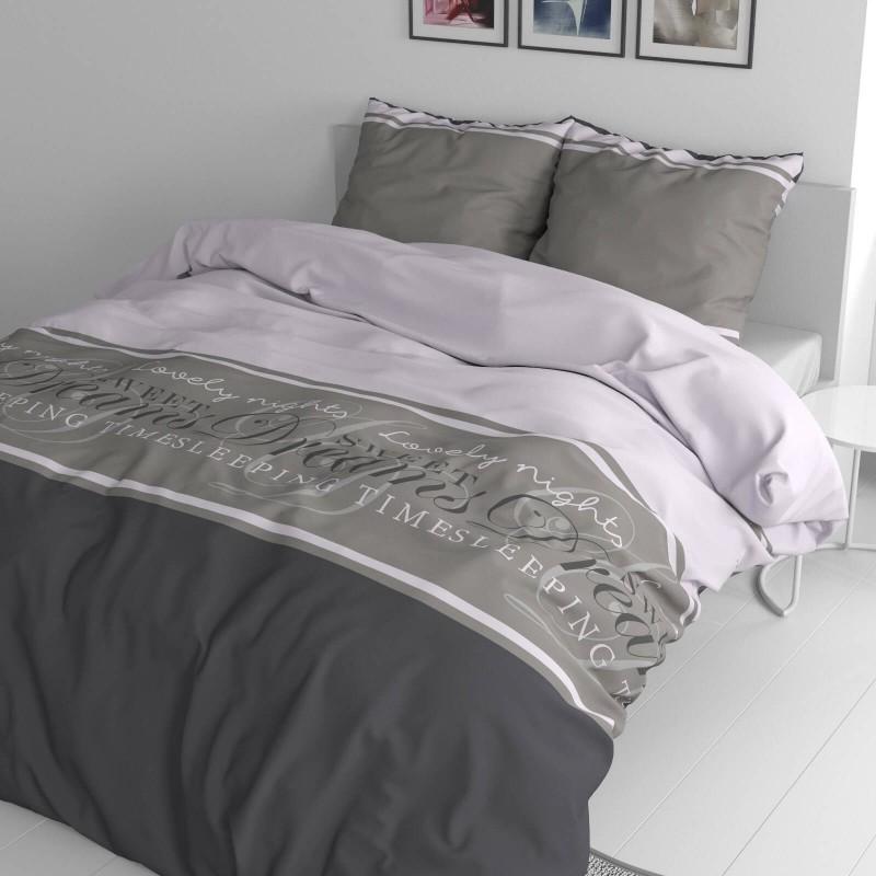 Vreme je za potpuno uživanje u modernim pamučnim posteljinama! Posteljina Sweet Dreams je satkana od renforce platna, koje se smatra laganom, mekom tkaninom, jednostavnom za održavanje. Neka vas očara moderan dizajn sa natpisima. Posteljina se može oprati na 40 °C.