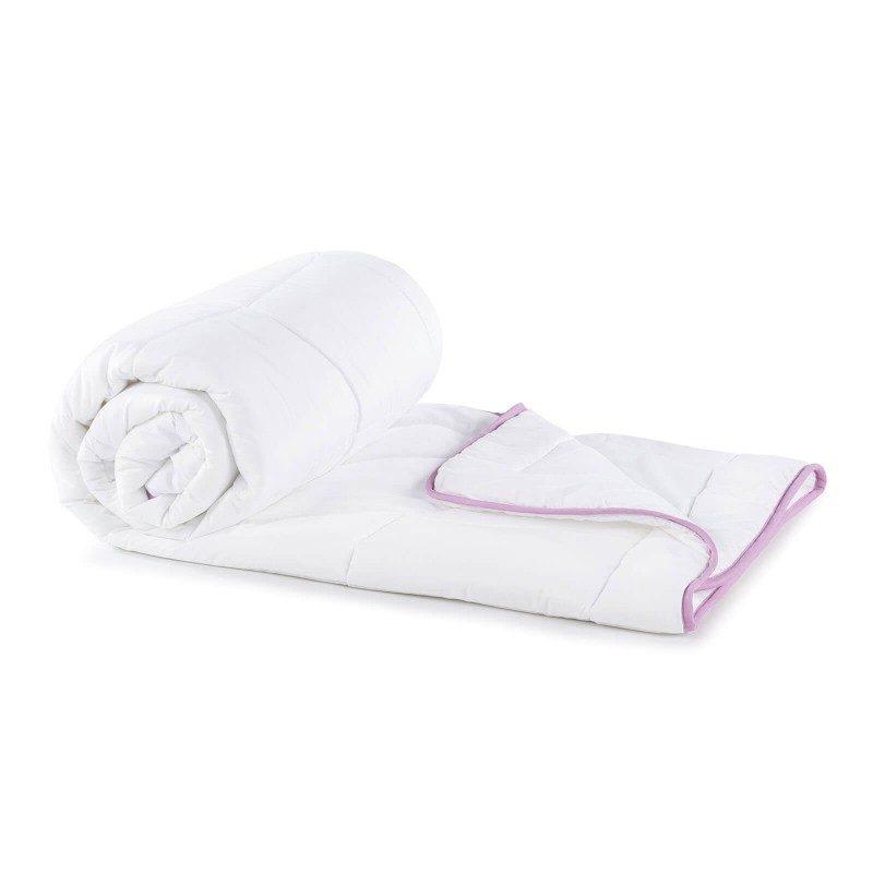 Cjelogodišnji pokrivač s umirujućom lavandom.