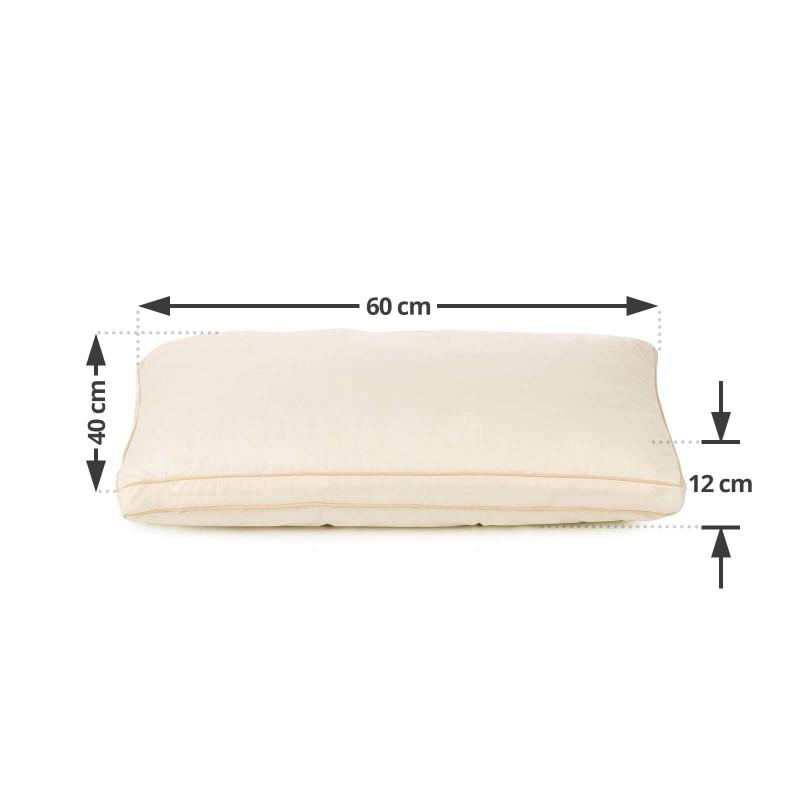 Klasični oblik jastuka za sve položaje spavanja Bamboo Premium My First Pillow je primjeren za najmlađe, od druge godine starosti kao i za malo starije jer je jastuk podesiv po visini i tvrdoći. Kombinacija nebijeljenog pamuka i prirodnih bambusovih vlakana u navlaci jastuka je specijalno razvijana za osjetljivu dječiju kožu. Jastuk je u cjelosti periv na 40 °C.