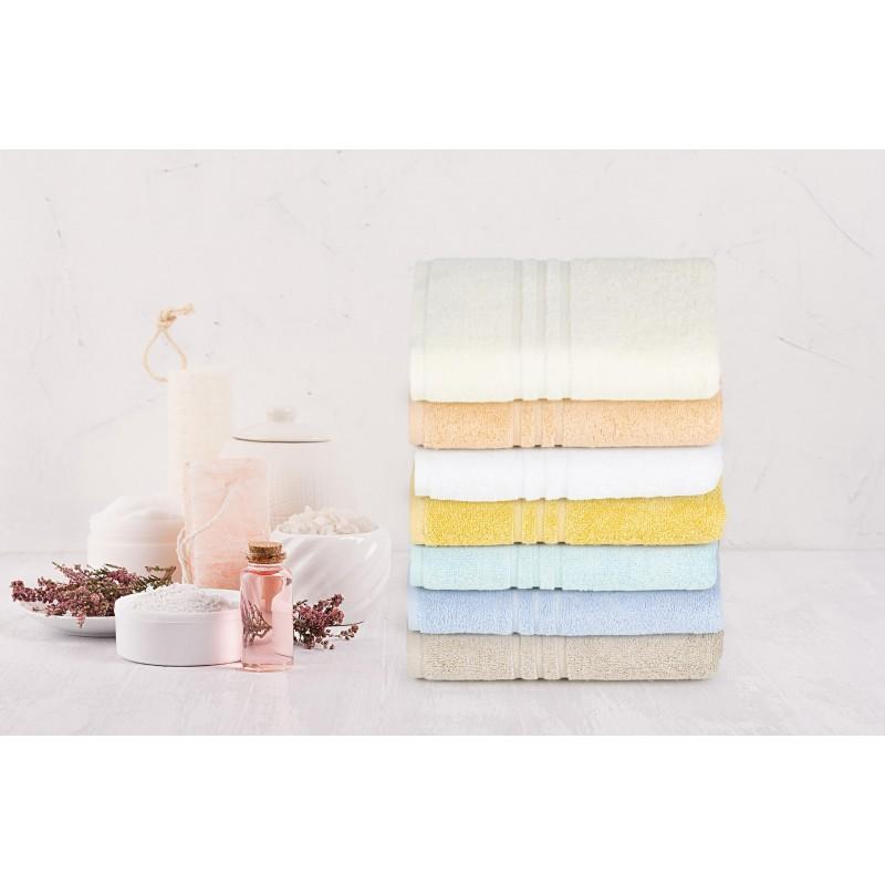 Doživite raskošnu udobnost u svojoj kupaonici! Kvalitetni peškir Orkus E od frotirnog pamuka je izdržljiv, mekan, odlične apsorpcije i brzo se suši. Klasični jednobojni peškir. Peškir je periv na 95 °C.