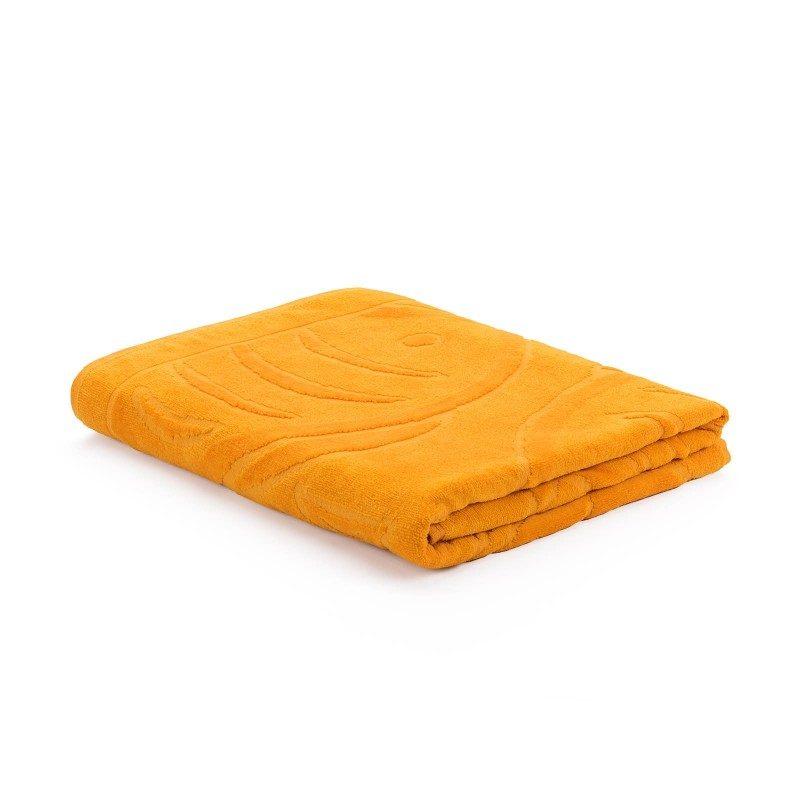 Peškir za plažu od frotira Svilanit Onix Fish. Dostupan u žutoj i plavoj boji, dimenzija 90 x 160 cm.