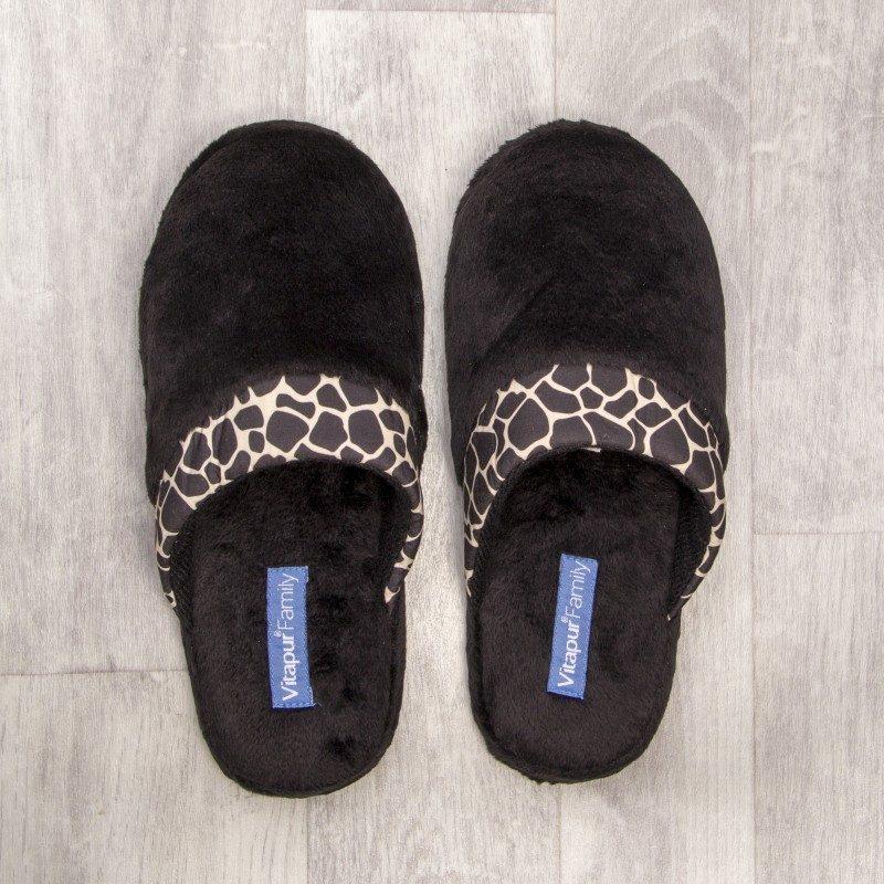 Ženske kućne papuče SoftTouch su izuzetno mekane i udobne. Dostupne su u tri prelijepe boje