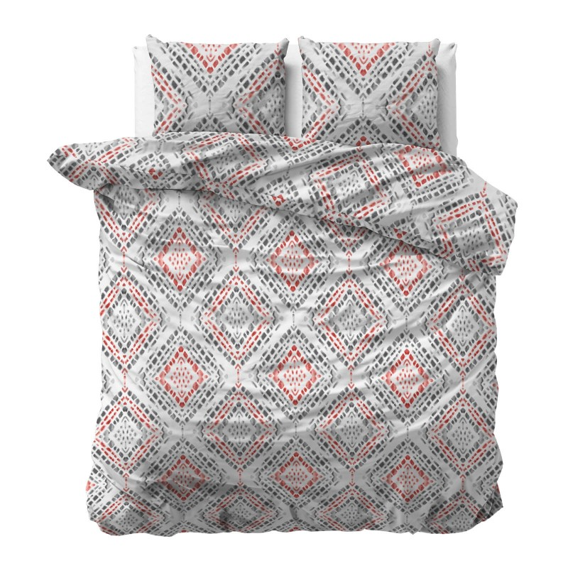 Vrijeme je za potpuno uživanje u modernim pamučnim posteljinama! Posteljina  Bright Diamond je izrađena od renforce platna, koji važi za laganu i mekanu tkaninu, koja se lako održava. Moderan dizajn sa dijamantskim motivom će vas očarati. Posteljina je periva na 40 °C.