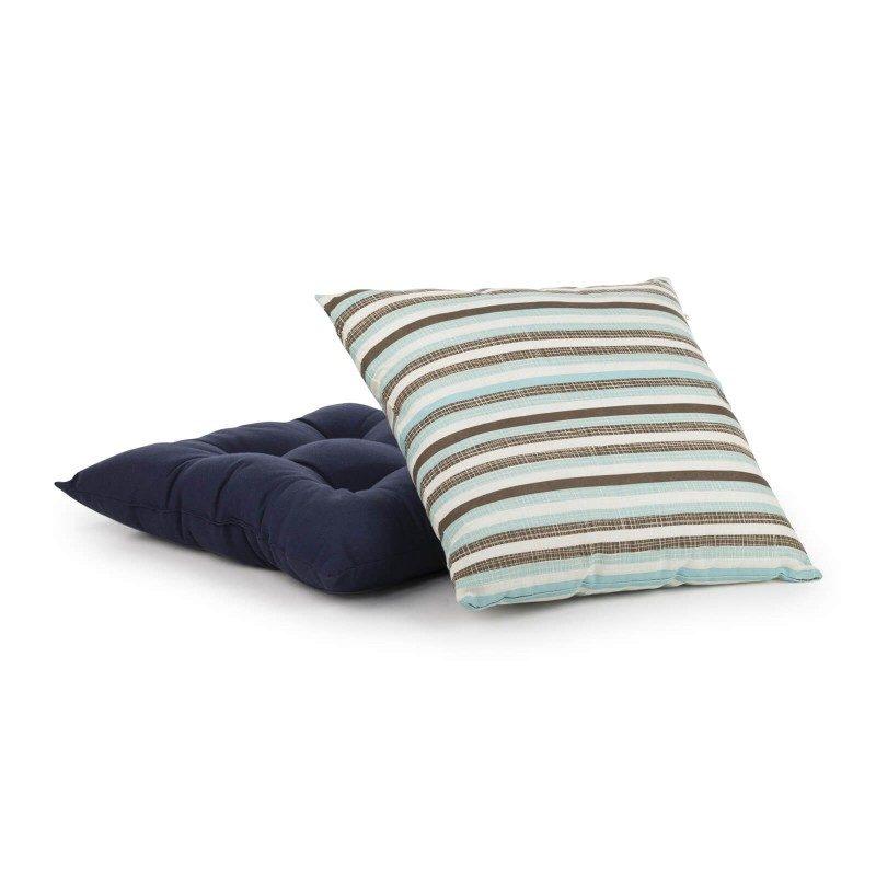 Udoban i mekan dekorativni jastuk izrađen je od pamučne tkanine i visokokvalitetnog punjenja od mikrovlakana. Dekorativni jastuk nudi bezbroj mogućnosti za dekorisanje vašeg životnog prostora. Može se koristiti u dnevnoj ili spavaćoj sobi kako za dekorisanje, tako i za udobnost. Moderan dizajn i neutralne boje omogućavaju kombinovanje sa raznim dekorativnim prekrivačima. Periv na 40 °C.