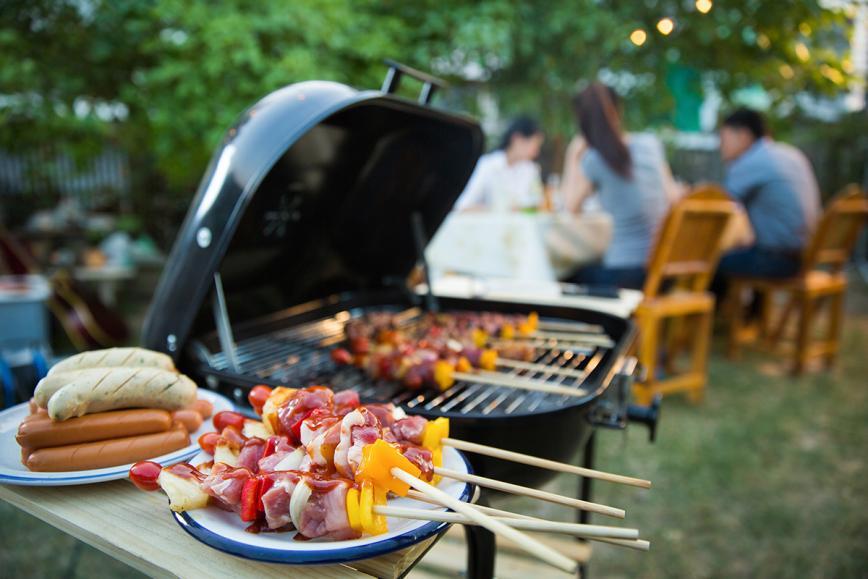 7 nasvetov za peko mesa na žaru